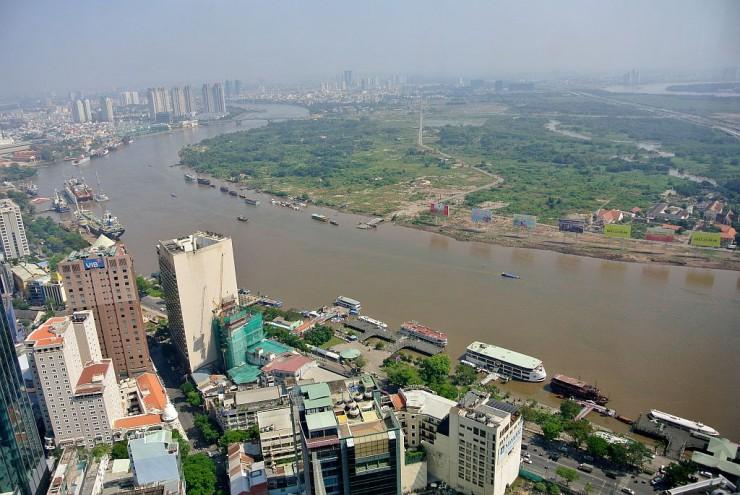 ビテクスコ フィナンシャルタワーからサイゴン川