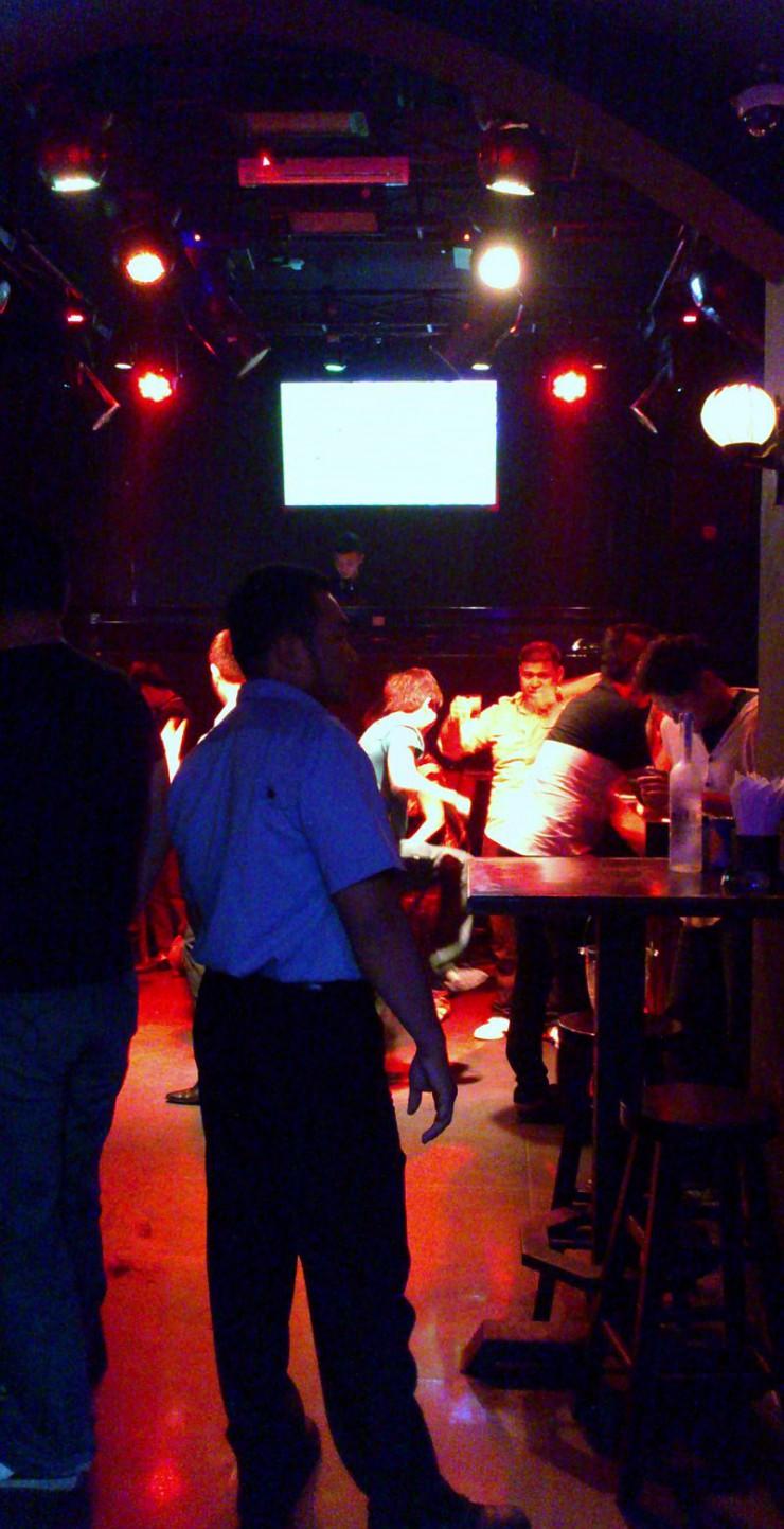 Apocalyse Now Bar-cafe