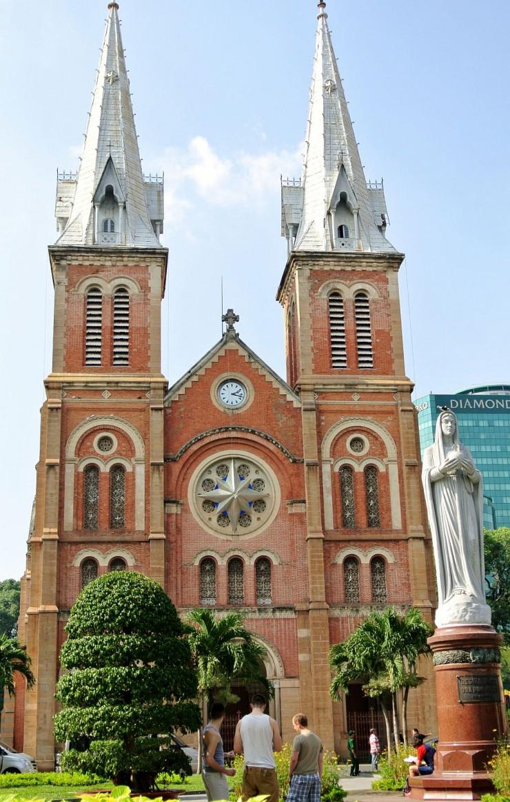 サイゴン大教会正面