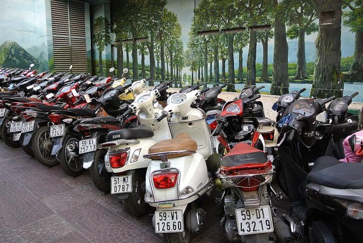 有料バイク駐輪場