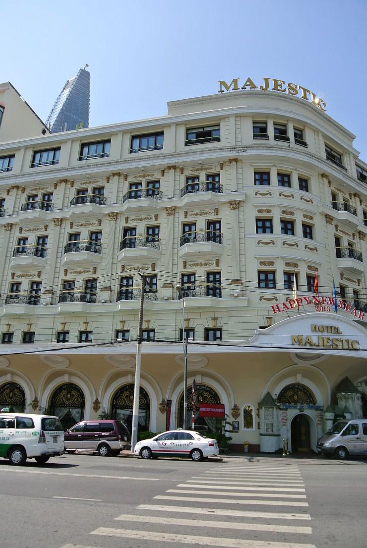 歴史あるマジェスティック・ホテルが終着点