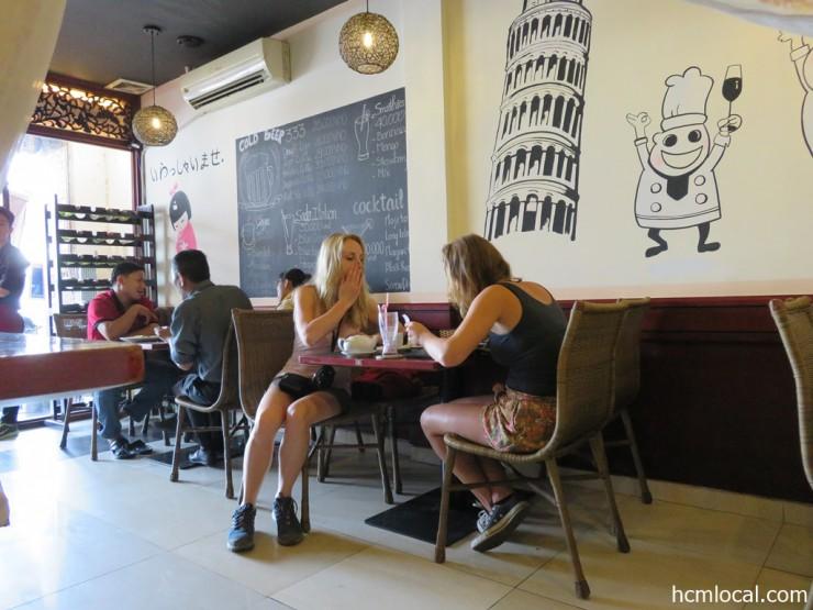 カフェ&レストラン ベイビースプーン(Baby Spoon・洋食店)